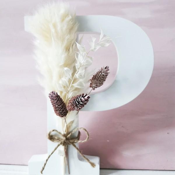 Flowerletter - individueller Buchstabe mit Trockenblumen-Bouquet